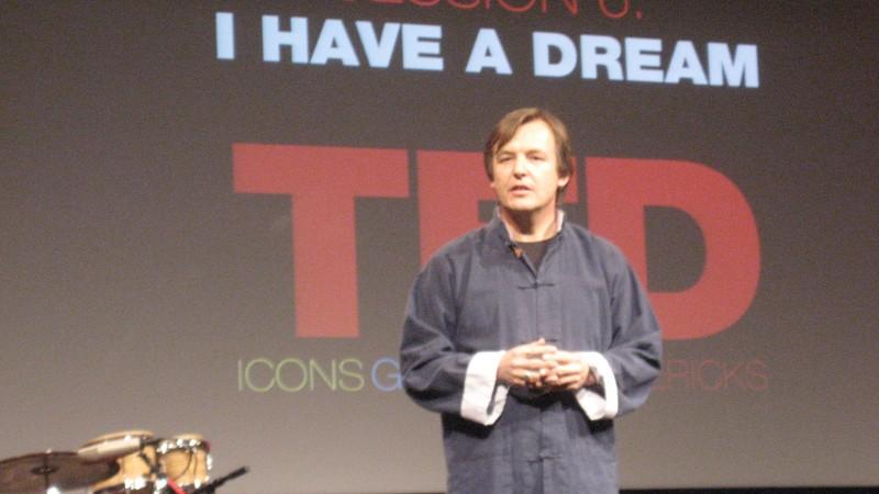 TED(テド)